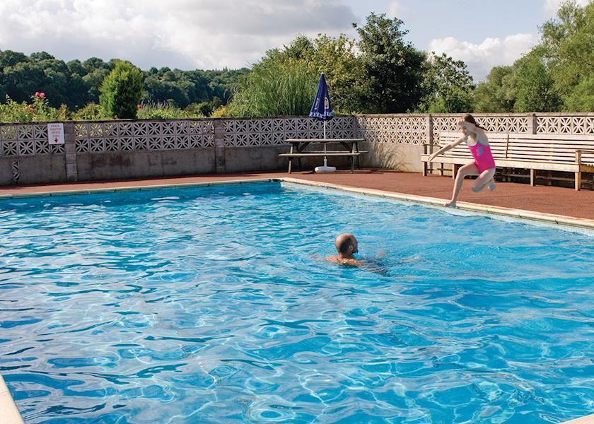 Abbots Salford Holiday Park
