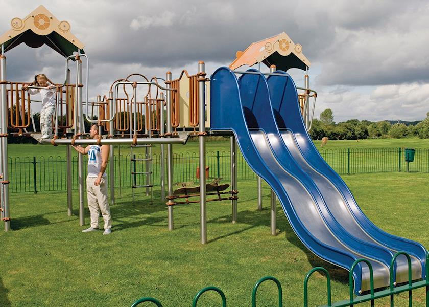 Abbots Salford Holiday Park