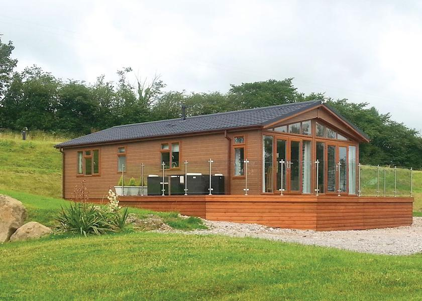Redwell Lakes Lodges